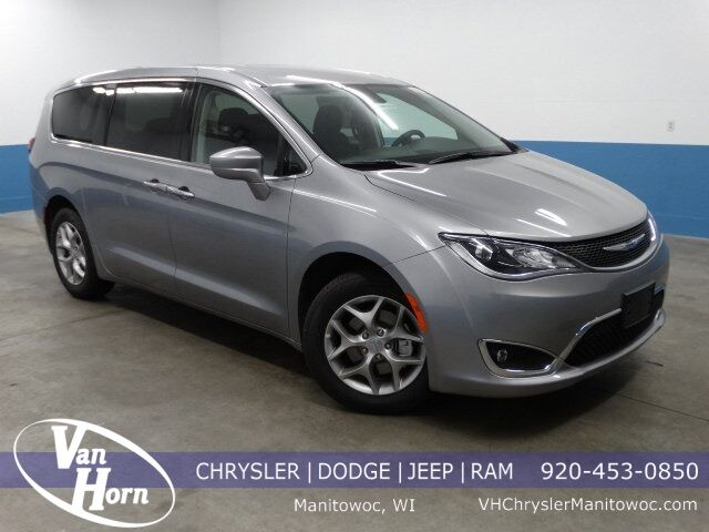 2019 Chrysler Pacifica TOURING PLUS Manitowoc WI