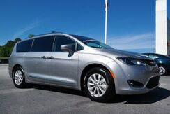 2019_Chrysler_Pacifica_Touring L_  FL