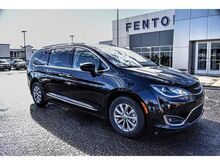 2019_Chrysler_Pacifica_Touring L_ Amarillo TX