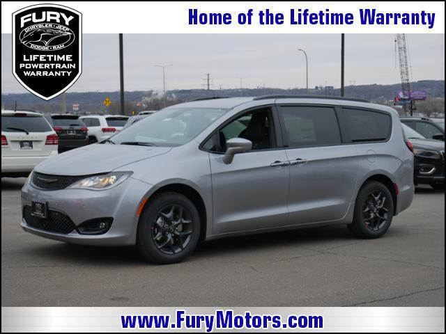 2019 Chrysler Pacifica Touring L FWD St. Paul MN