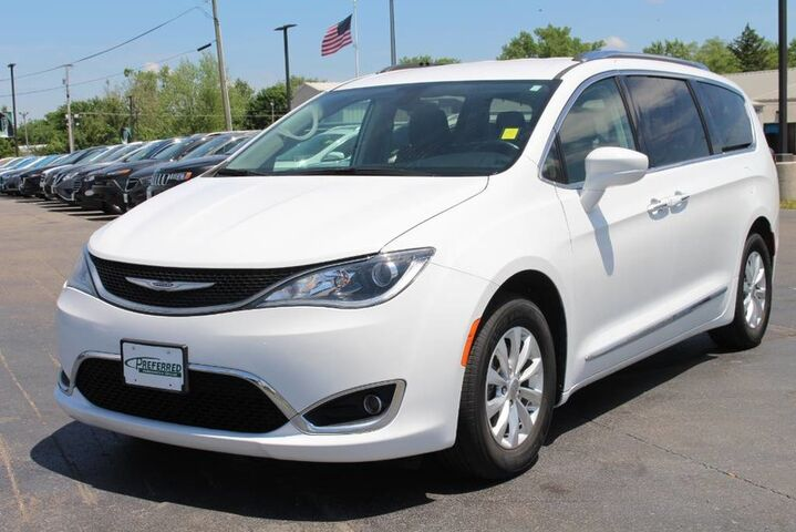 2019 Chrysler Pacifica Touring L Fort Wayne Auburn and Kendallville IN