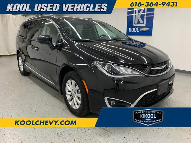 2019 Chrysler Pacifica Touring L Grand Rapids MI