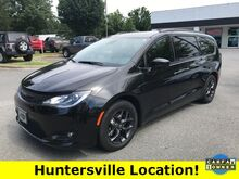 2019_Chrysler_Pacifica_Touring L_ Hickory NC
