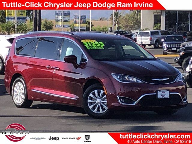 2019 Chrysler Pacifica Touring L Irvine CA