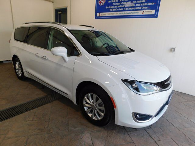 2019 Chrysler Pacifica Touring-L LEATHER Listowel ON
