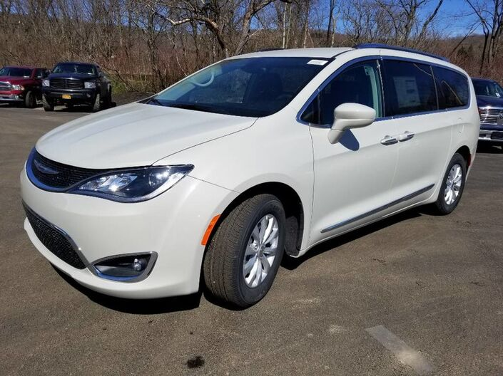 2019 Chrysler Pacifica Touring L Rock City NY