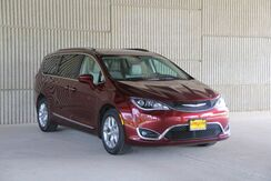 2019_Chrysler_Pacifica_Touring L_ Mineola TX