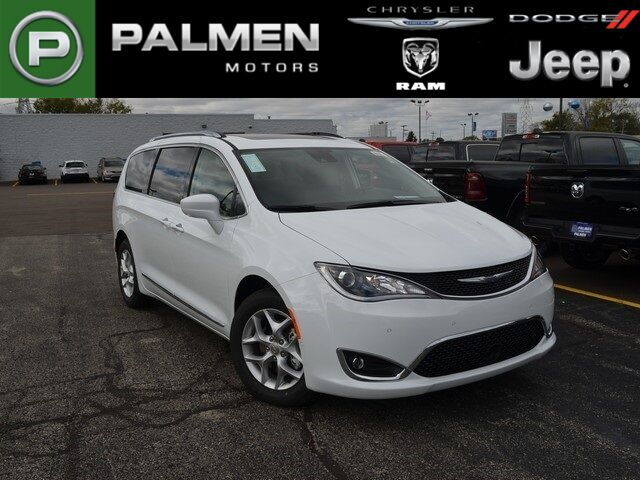 2019 Chrysler Pacifica Touring L Plus Racine WI