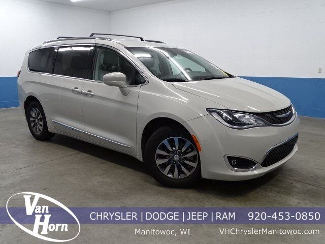 2019 Chrysler Pacifica Touring L Plus Manitowoc WI