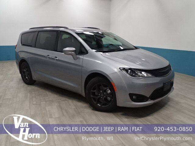 2019 Chrysler Pacifica Touring L Plus Milwaukee WI