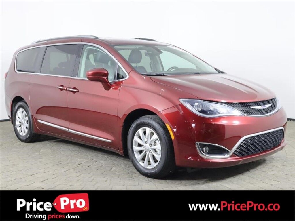 2019 Chrysler Pacifica Touring L w/Heated Leather/Captains Maumee OH