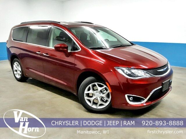 2019 Chrysler Pacifica Touring Plus Milwaukee WI
