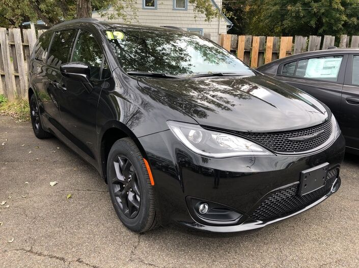 2019 Chrysler Pacifica Touring Plus Owego NY