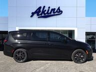 2019 Chrysler Pacifica Touring Plus Winder GA
