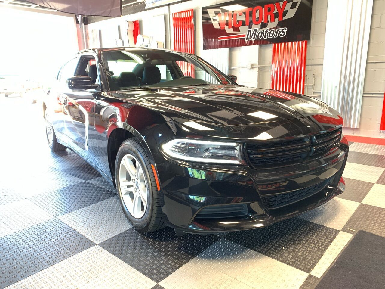 2019 Dodge Charger SXT 4dr Sedan Royal Oak MI