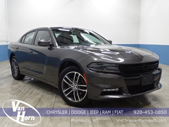 2019 Dodge Charger SXT Plymouth WI