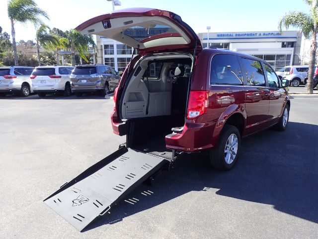 2019 FMI Dodge Grand Caravan SXT w/ Manual Ramp Anaheim CA