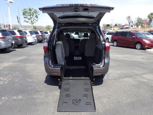 2019 FMI Toyota Sienna LE w/ Power Ramp Anaheim CA