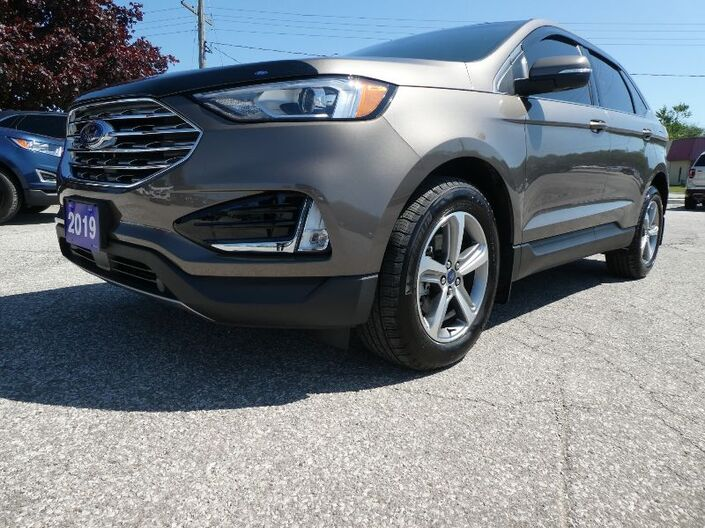 2019 Ford Edge SEL Panoramic Roof Navigation Power Lift Gate Essex ON