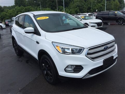 2019_Ford_Escape_SE 4WD_ Evansville IN