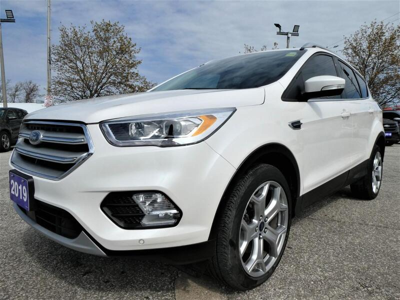 2019 Ford Escape Titanium | Blind Spot Detection | Navigation | Panoramic Roof Essex ON