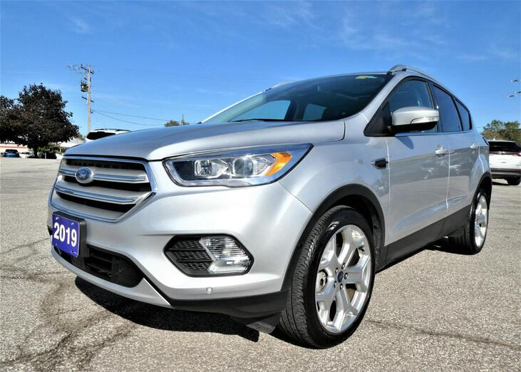 2019 Ford Escape Titanium | Panoramic Roof | Blind Spot | Navigation Essex ON