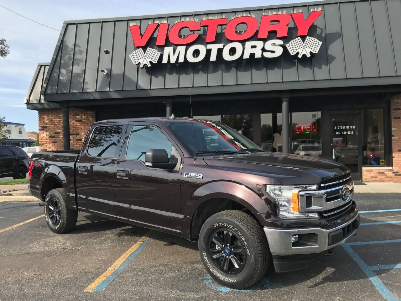 2019 Ford F-150 XLT 4x4 4dr SuperCrew 5.5 ft. SB Chesterfield MI