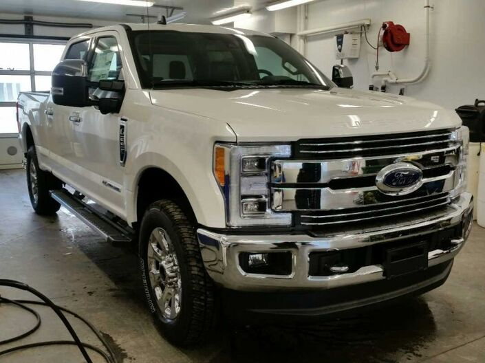 2019 Ford F-250 Super Duty Lariat Calgary AB