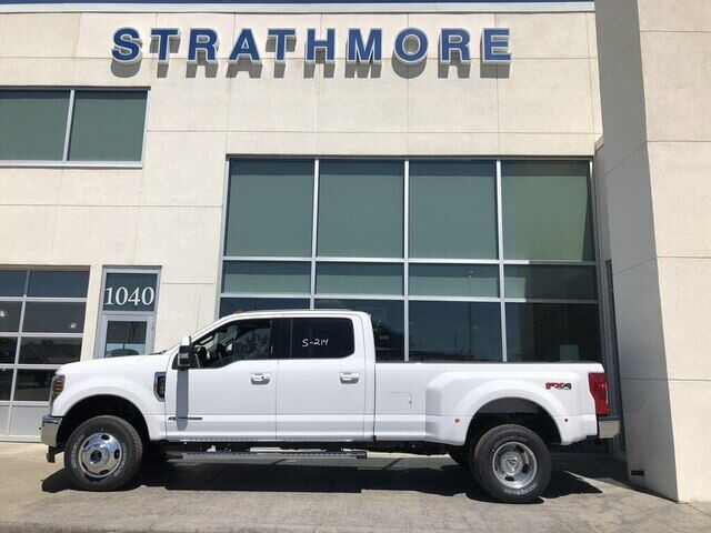 2019 Ford F-350 Lariat - TOW TECH BUNDLE WITH 5TH WHEEL PREP Calgary AB