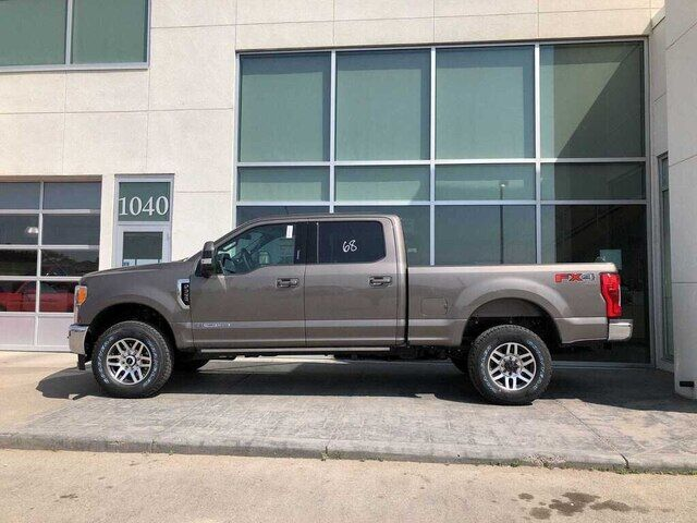 2019 Ford F-350 Lariat - TOW TECH BUNDLE WITH QUAD BEAM HEADLAMPS Calgary AB