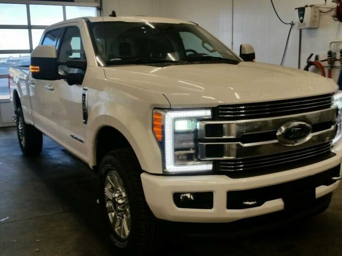 2019 Ford F-350 Super Duty Limited Calgary AB
