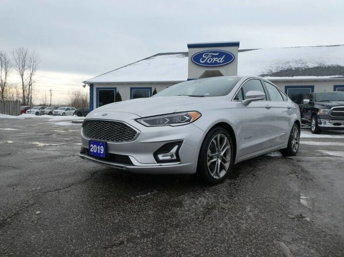 2019 Ford Fusion Hybrid Titanium - SALE PENDING - NAVIGATION - REMOTE START - LEATHER - SUNROOF Essex ON