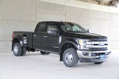 2019_Ford_Super Duty F-350 DRW_King Ranch Crew Cab 4X4_ Mineola TX