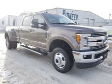 2019_Ford_Super Duty F-350 DRW_LARIAT_ Swift Current SK