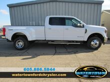 2019_Ford_Super Duty F-350 DRW_LARIAT_ Watertown SD