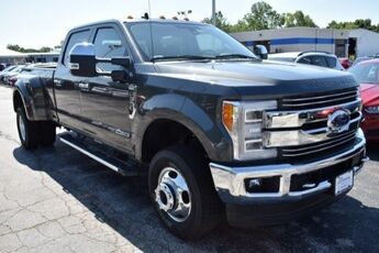 2019_Ford_Super Duty F-350 DRW_LARIAT_ Cape Girardeau