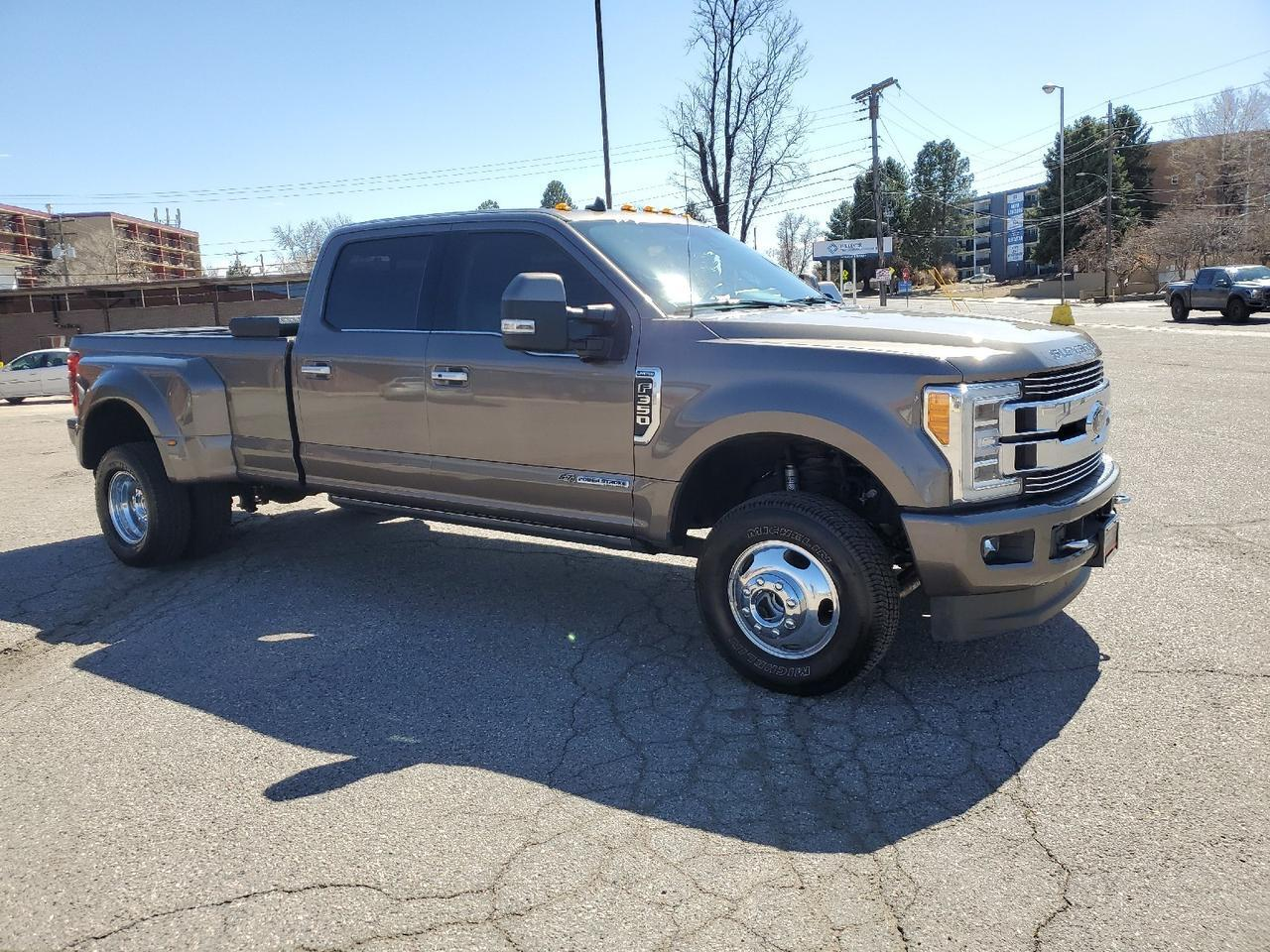 2019 Ford Super Duty F-350 DRW Limited