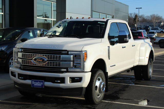 2019 Ford Super Duty F-350 DRW Platinum Green Bay WI