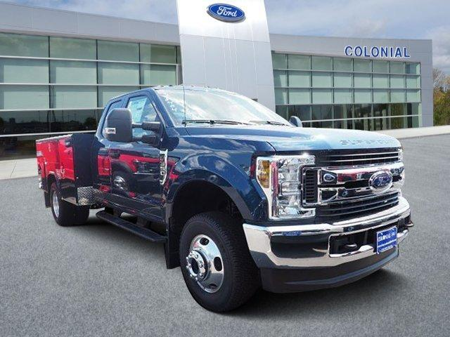2019 Ford Super Duty F-350 DRW XLT 4WD SuperCab 168 WB 60 CA Plymouth MA