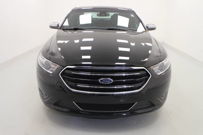 2019 Ford Taurus Limited AWD Bonner Springs KS
