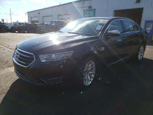 2019 Ford Taurus Limited Plymouth WI