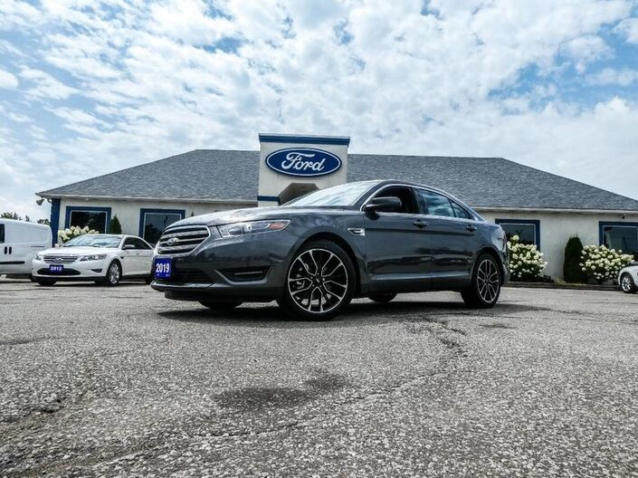 2019 Ford Taurus SEL- LEATHER- SUNROOF- BACKUP CAMERA- HEATED SEATS Essex ON