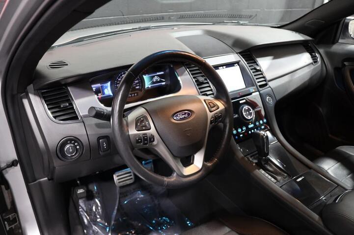 2019 Ford Taurus SHO 4dr Sedan Chicago IL