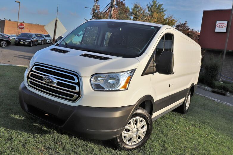 2019 Ford Transit Van Low Roof 130 Cargo Backup Camera 1 Owner Springfield NJ