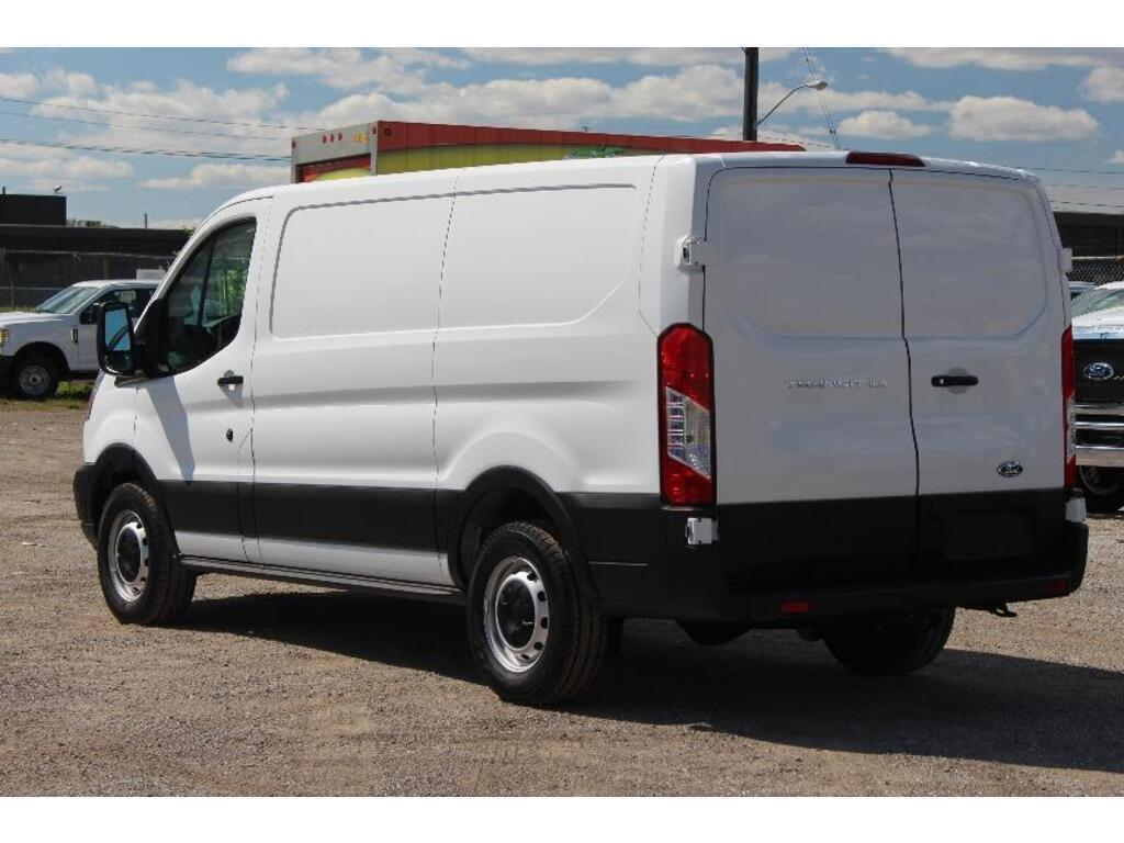 2019 Ford Transit Van T-150 130 LOW RF 8600 GVWR SWING-OUT RH DR Scarborough ON