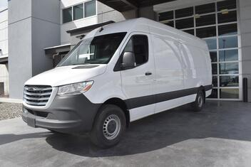 Freightliner Sprinter Cargo 2500 V6 High Roof 170 RWD 2019