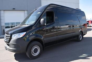 Freightliner Sprinter Passenger 2500 High Roof 170 RWD 2019