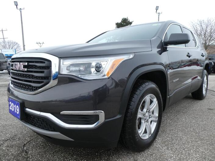 2019 GMC Acadia SLE | Back Up Cam | Cruise Control | 4WD Essex ON