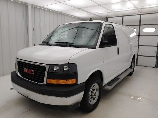2019 GMC Savana Cargo Van RWD 2500 135 Manhattan KS