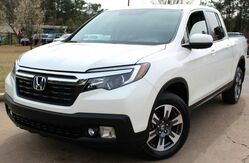 2019_Honda_Ridgeline_** ALL WHEEL DRIVE ** - w/ NAVIGATION & LEATHER SEATS - ** VERY LOW MILES **_ Lilburn GA